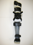 金属支柱付長下肢装具